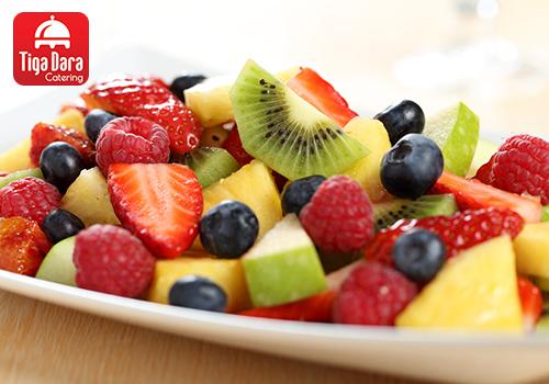 tiga_dara_Gubukan_Tambahan Prasmanan - Fruit Salad / Stall Besar